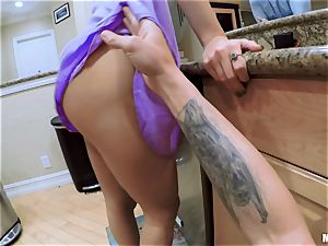 point of view pulverizing yummy babe Natalia Starr