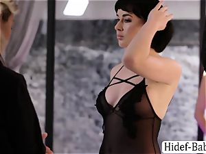two finest Anissa Kate and Olive Glass models likes licking their pussies