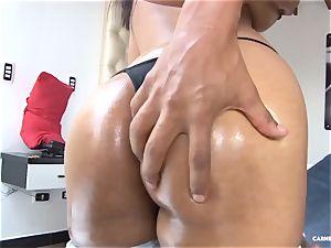 CARNE DEL MERCADO - torrid Latina in oily pickup and ravage