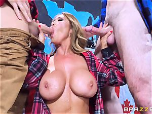 Kianna Dior showered in jism