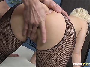 ash-blonde assistant Kagney Linn Karter nailing her naughty accomplice