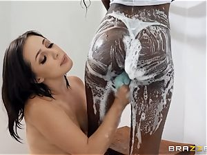 Scrubbing up with Jenna Sativa