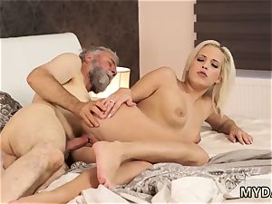 senior damsel screws female Surprise your girlcompanion and she will smash with your daddy