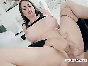 Cathy Heaven gets arse fisted and creamed