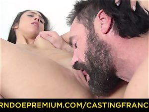 casting FRANCAIS - first-timer hotty screwed and jizz coated