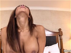 sizzling Latina inexperienced mummy first-ever timer