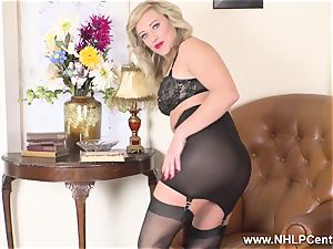 platinum-blonde finger humps humid vag in girdle vintage nylons