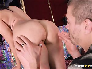 Sheena Ryder rectally penetrated in the club