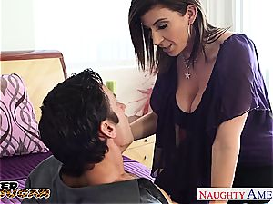 chesty milf Sara Jay plowing a large cock