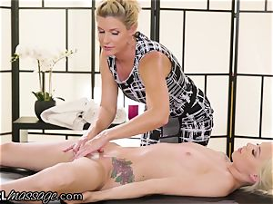 insatiable nubile Elsa Jean fondled by super-steamy cougar educator