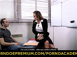 porno ACADEMIE - milf schoolteacher tough threesome intercourse