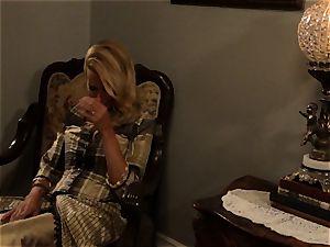 steamy prostitute Anikka Albrite pounds her favourite wild west client