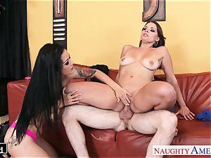 splendid Katrina Jade and Kayla West sharing a chisel