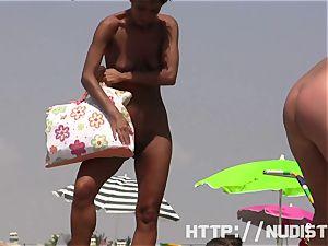 nudist beach voyeur preys on red-hot women