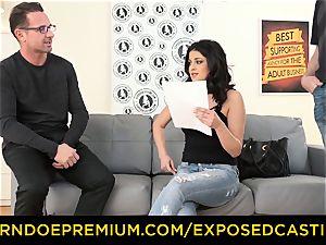 exposed casting - Coco de Mal boned in warm casting