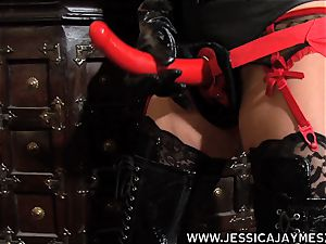 tart Jessica Jaymes and Taylor Wane the domme