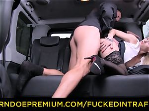 poked IN TRAFFIC - luxurious blond porked in backseat