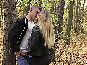Russian duo has a spunky afternoon delight