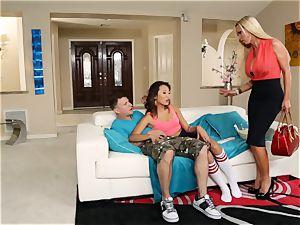 Alina Li shares her man with torrid mother Nikki Benz