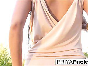 Backyard solo with Indian superstar Priya Rai