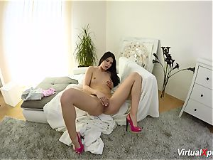hairy big-chested Angel Wicky on cam