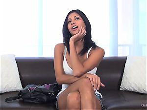 Jade Jantzen boning like a pro at her casting